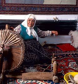 Ремесло, объединяющее эллинскую античность и тюркскую современность: прядение